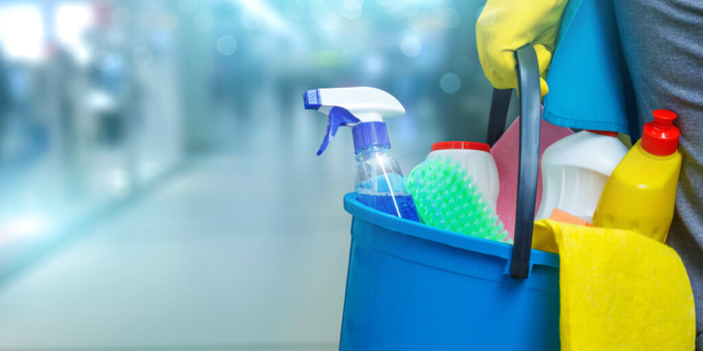 Cleaning Hacks_Take Stock of Your Cleaning Supplies