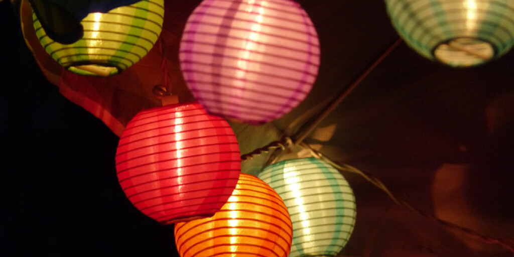 Outdoor Lights Ideas_Chinese Lanterns